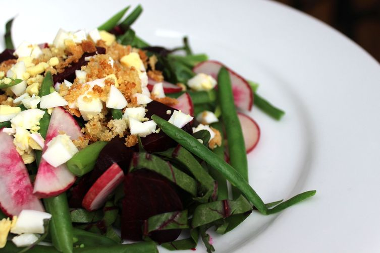 Beet Salad with Crispy Crumbs and Egg 1