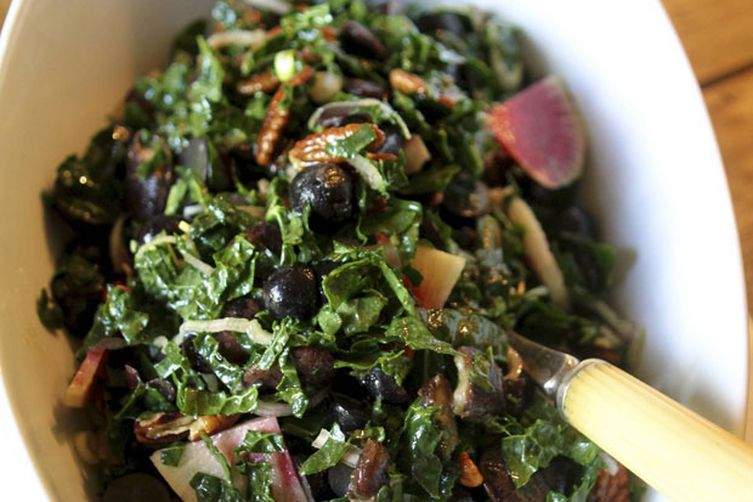 Autumn Kale Salad 1