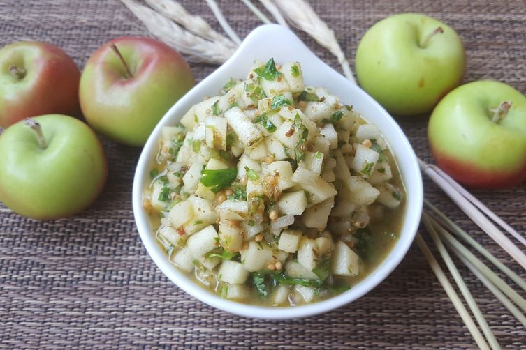 Sweet & Spicy Fresh AppleChutney 1