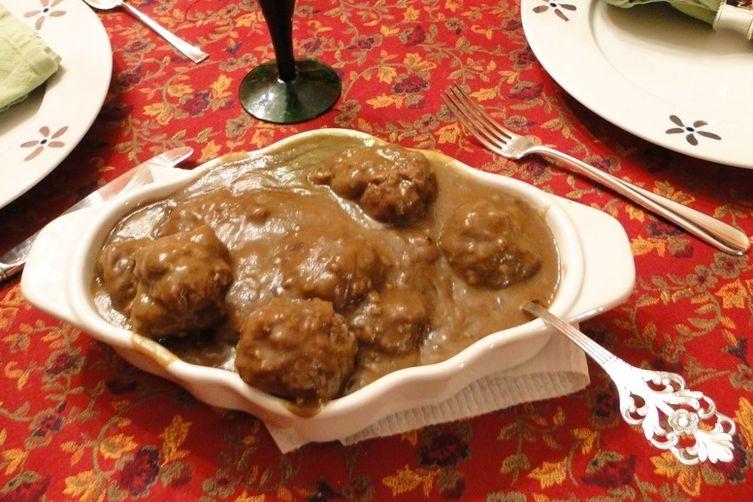 Mom's Norwegian Meatballs with Gravy (Kjøttkaker medbrunsaus) 1