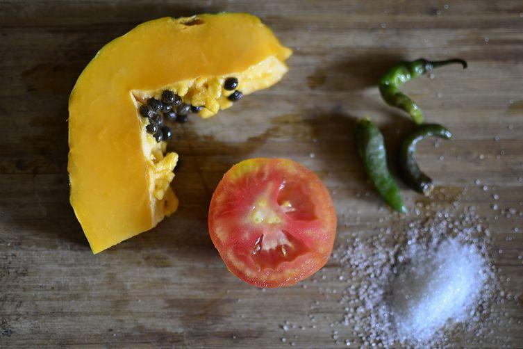 Pawpaw-Tomato-JalapenoChutney