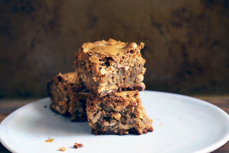 Toasted Cashew and Marzipan Blondies 1