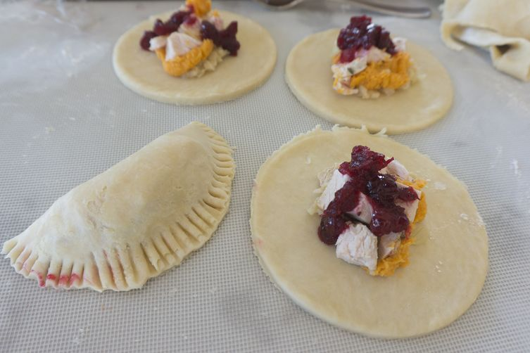 Thanksgiving Leftover HandPies 1