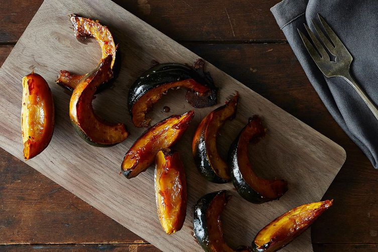 Roasted Acorn Squash with Maple and Red PepperFlakes 1
