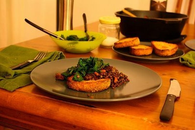 Red Wine Braised Lentils with (Veggie)Sausage 1