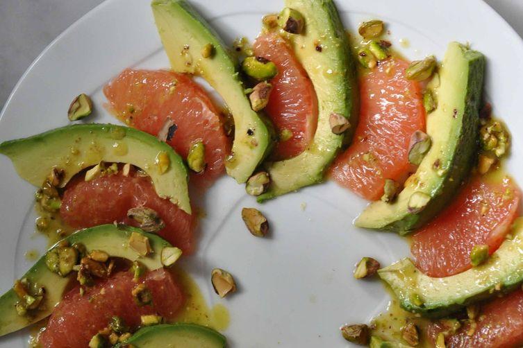 Avocado and Grapefruit Salad with PistachioVinaigrette 1