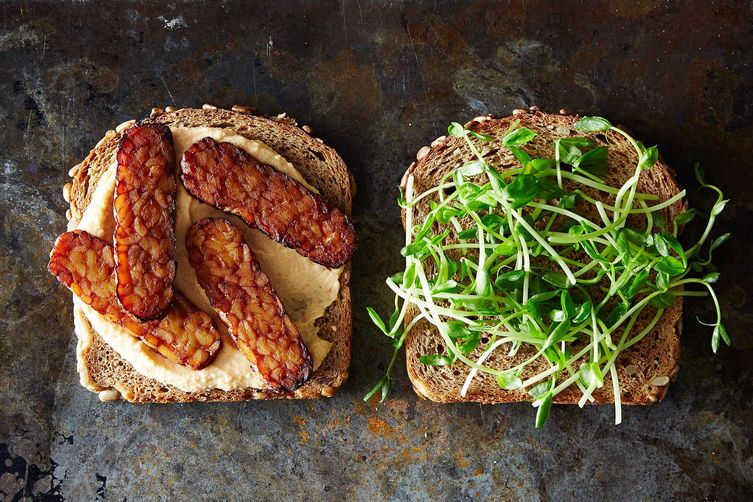Smoky Tempeh and Hummus Sandwiches 1