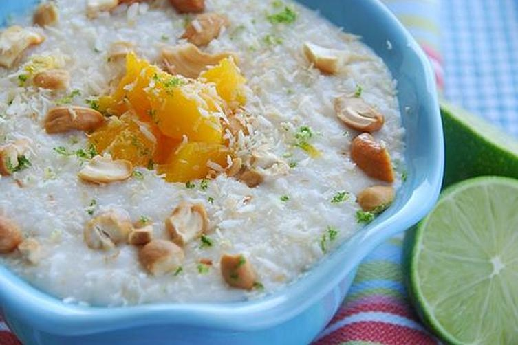 Coconut and Lime Rice Pudding with Mangoes andCashews 1