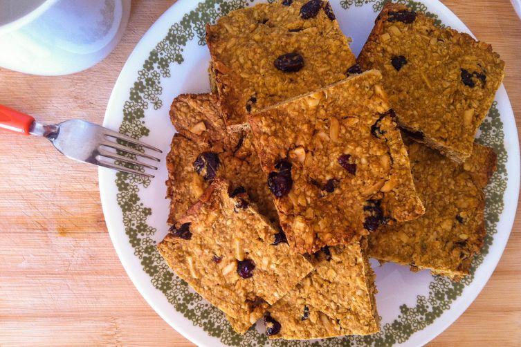 Baked Pumpkin Cranberry Almond OatmealSquares 1