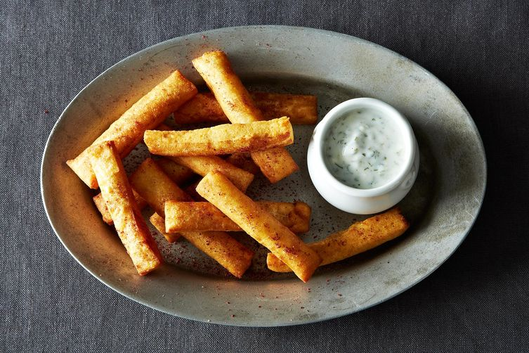 Chickpea Fries with Yogurt DippingSauce 1