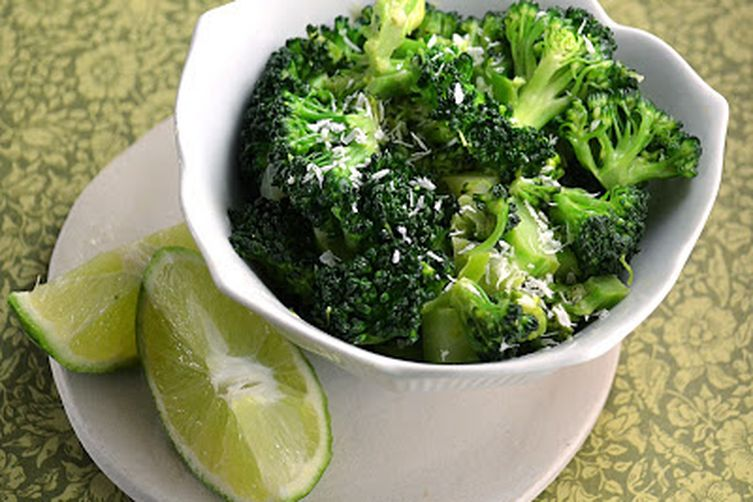 Thai-Style Broccoli with Ginger, Coconut Milk & Lime ~ Light & Flavorful 1