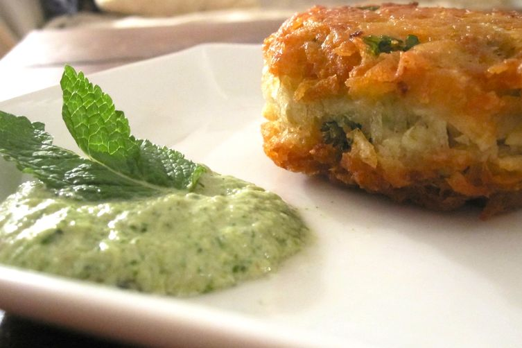 Indian Spiced Potato Pancake with Mint & YogurtChutney