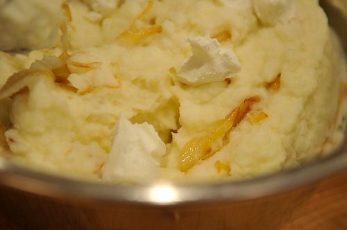 Mashed Potatoes With Caramelized Onions & GoatCheese