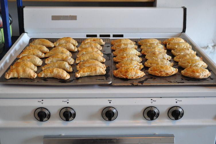 masa simple para empanadas (empanadadough) 1