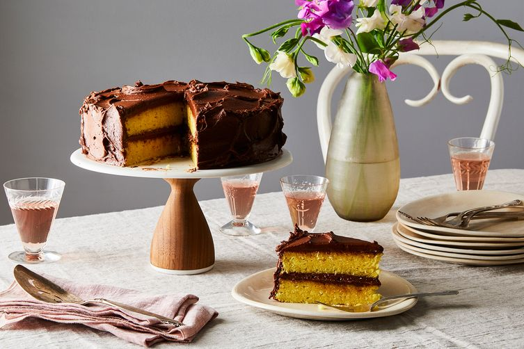 Yellowest Yellow Cake With Fudgy ChocolateFrosting 1