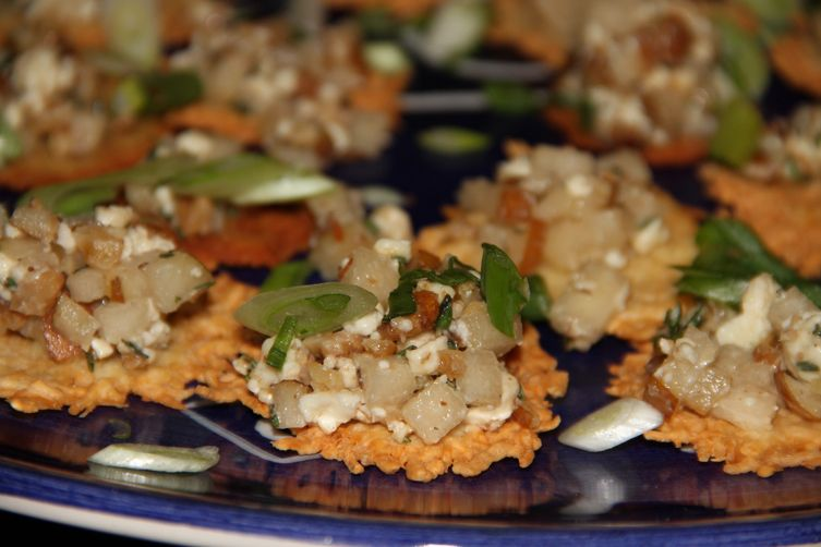 Winter Bliss--Parmesan Crackers with pear, gorgonzola andwalnuts 1