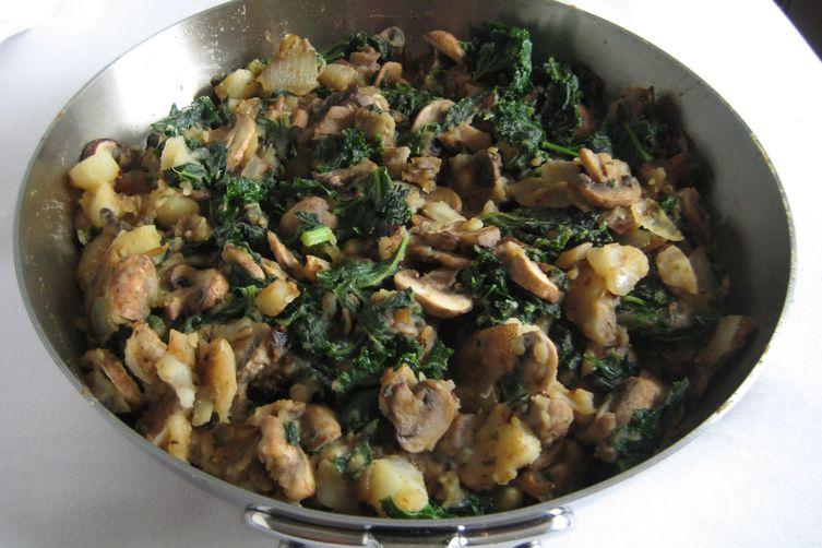Kale, Potato, and MushroomSkillet