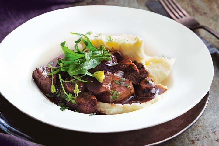 30-minute beef bourguignon 1