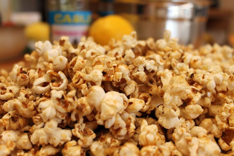 Muhammara PopcornCrunch