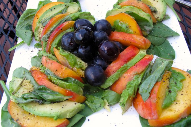 Peach-Avocado Salad withBasil 1