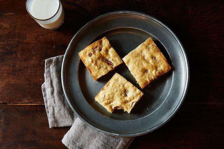 Banana Bread Blondies 1