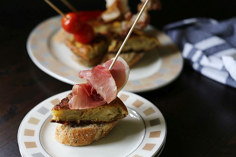 Tempting Spanish tortilla tapas pinchos 1