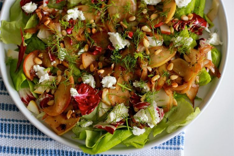 Salad with caramelized fennel andapples 1