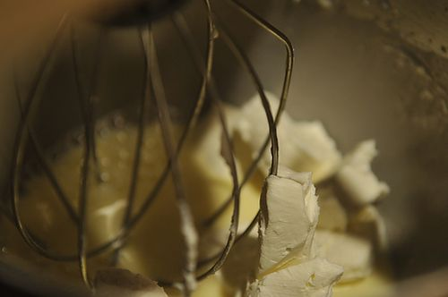 Lemony Cream Cheese Pancakes withBlueberries