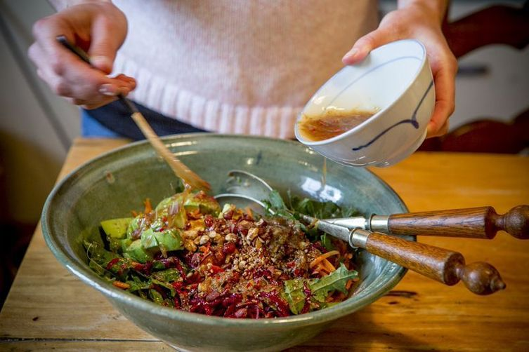 Kale salad with beetroot, carrot, avocado with toasted nuts and asiandressing 1