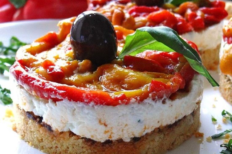 No bake goat's cheese and roasted pepperscheesecake 1