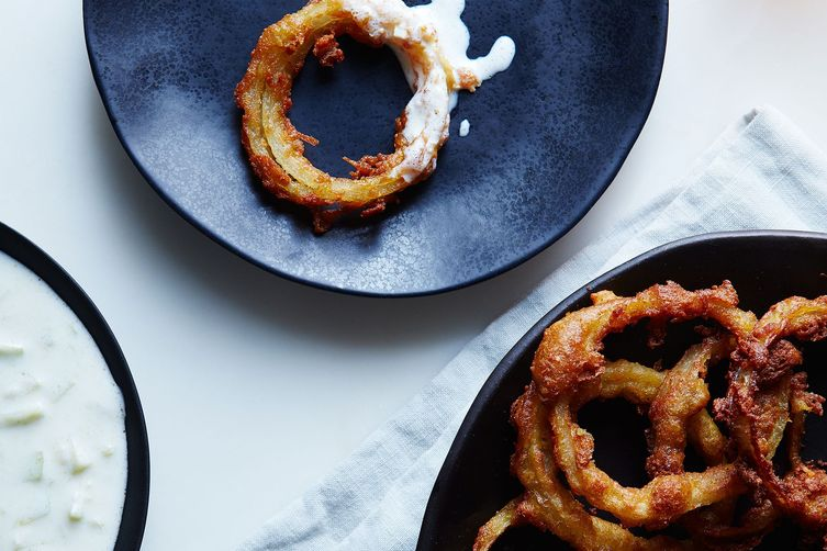 Pakora Fried Onion Rings with Kefir-CucumberRaita