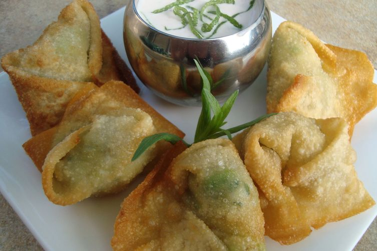 Fried Crab and Avocado Wontons 1