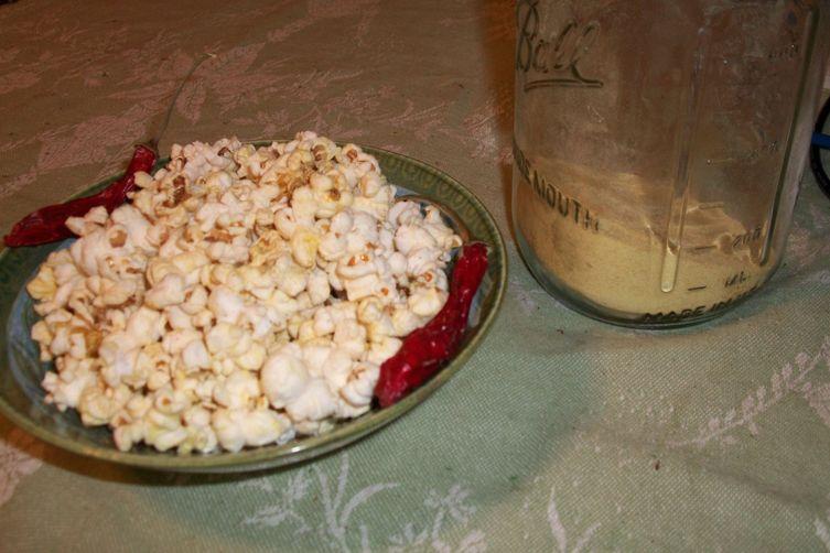 Cayenne Popcorn with NutritionalYeast 1