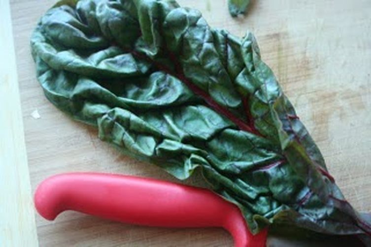 Simple Sauteed Swiss Chard 1