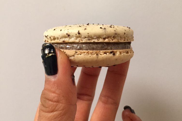 Cookies and CreamMacarons