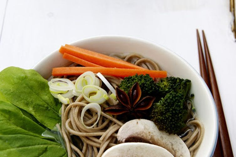 Star anise and vegetables sobanoodles 1