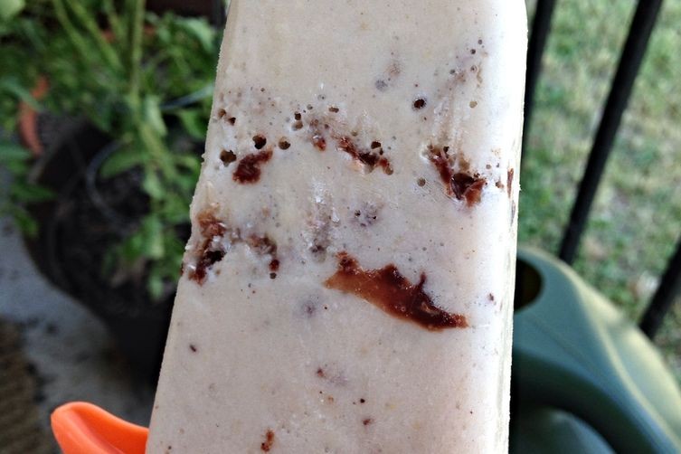Golden Banana Cream Cheese Popsicles with Chocolate CoconutChunks 1