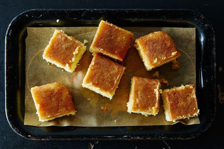 The Smitten Kitchen's CaramelCake 1