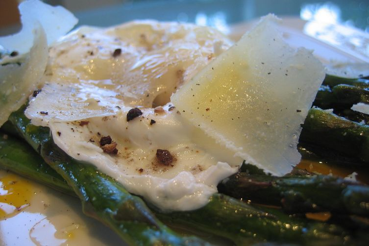 Roasted Asparagus w/ Alder Wood Smoked Salt, Poached Egg & Pecorino 1