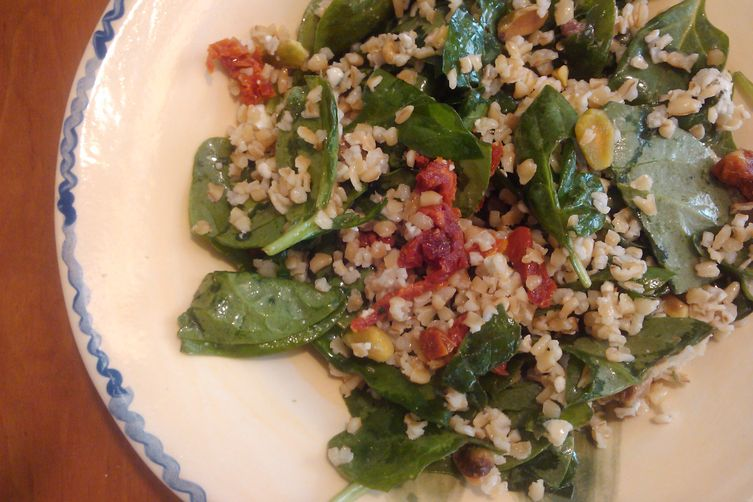 No-Cook Spinach-Bulgur Salad with Pistachios,  Blue Cheese & Sun-Dried Tomatoes