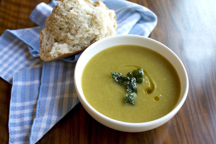 Celery Root and Scallion Soup with FriedParsley 1