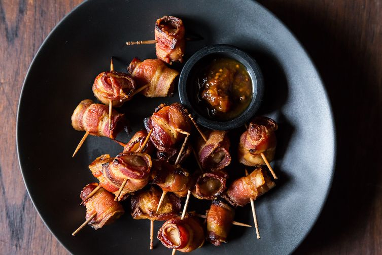 The Elegant Hors d'Oeuvre's Bacon-Wrapped Water Chestnuts 1