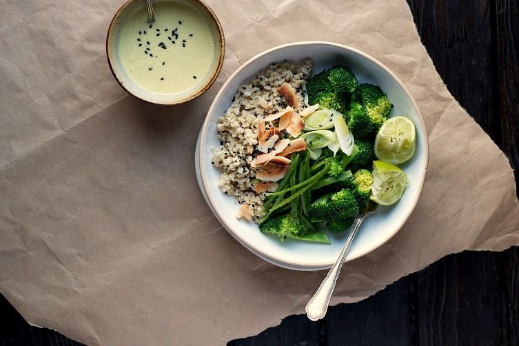 Coconut Quinoa and Warm Broccoli Bowl with Ginger-Lemongrass Dressing 1