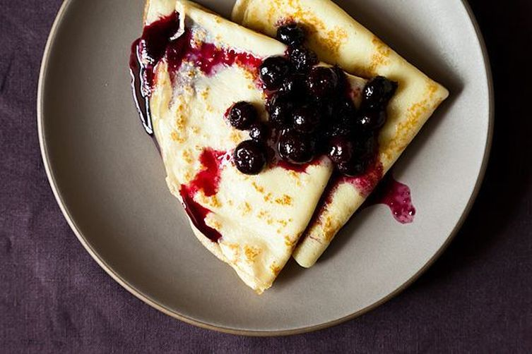 Crepes with Lemon Curd & BlueberryCompote 1