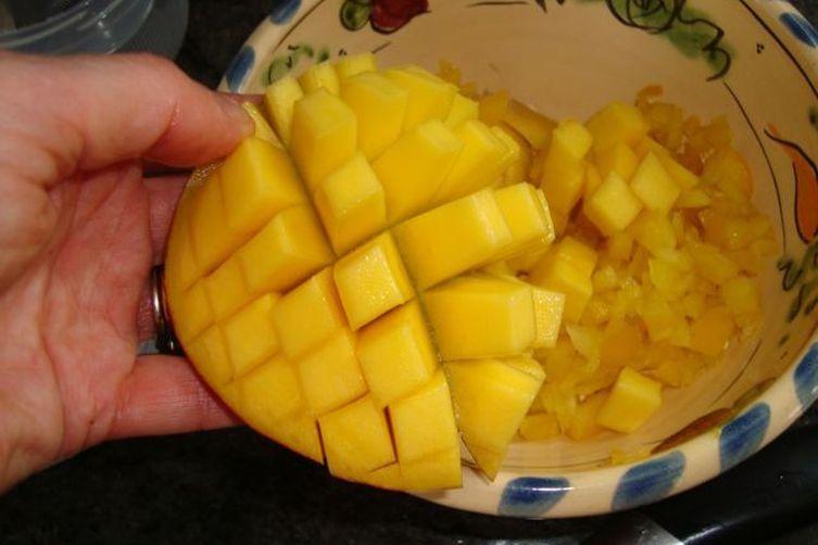 Mango Avocado ChunkySalsa 1