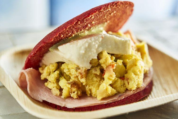 Breakfast-Style Arepa: The MorningsideArepas 1