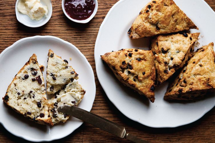 Currant Rosemary Scones 1