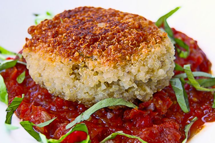 Quinoa patties stuffed with goat cheese and mushrooms 1