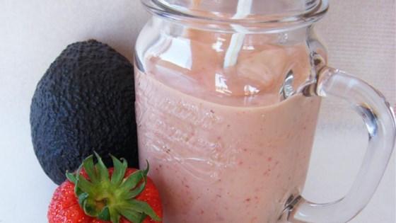 Avocado Strawberry Smoothie 1
