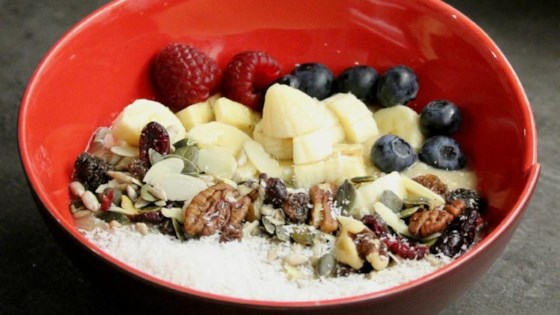 Banana Coconut Smoothie Bowl 1